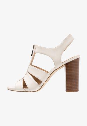DAMITA  - Sandalen met hoge hak - light cream