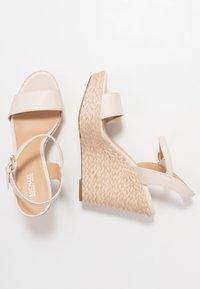 MICHAEL Michael Kors - JILL WEDGE - High heeled sandals - light cream - 3