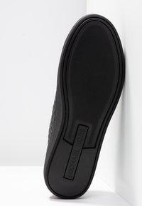 MICHAEL Michael Kors - COLBY - Sneakersy niskie - black - 6
