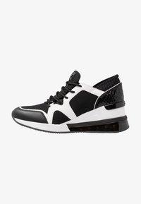 MICHAEL Michael Kors - LIV BUBBLE TRAINER - Sneaker low - black/optic white - 1