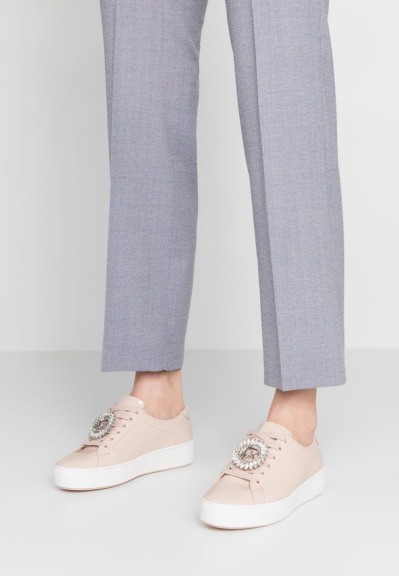 MICHAEL Michael Kors - POPPY LACE UP - Sneaker low - soft pink