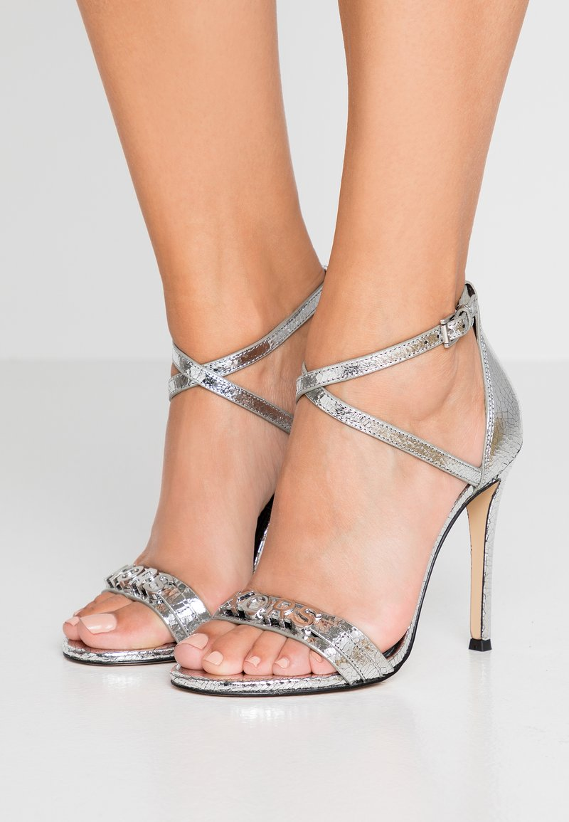 MICHAEL Michael Kors - GOLDIE SINGLE SOLE - High Heel Sandalette - silver