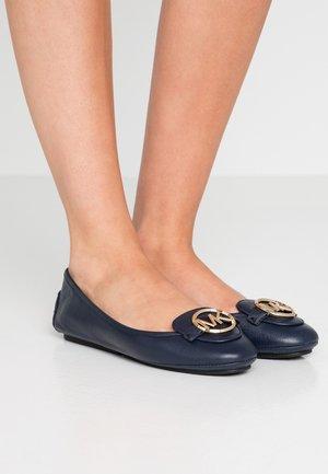 LILLIE - Nazouvací boty - admiral