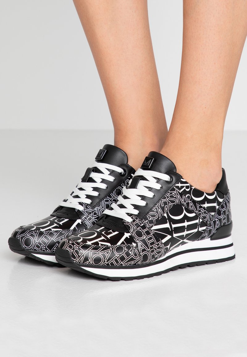MICHAEL Michael Kors - BILLIE TRAINER - Sneakers - black/optic white