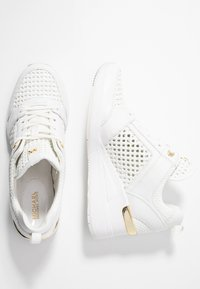 MICHAEL Michael Kors - GEORGIE TRAINER - Sneakersy niskie - optic white - 3