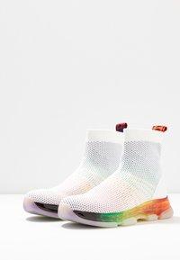 MICHAEL Michael Kors - KENDRA BOOTIE - Baskets montantes - rainbow - 4