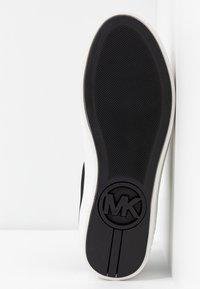 MICHAEL Michael Kors - MINDY LACE UP - Sneaker low - black - 6
