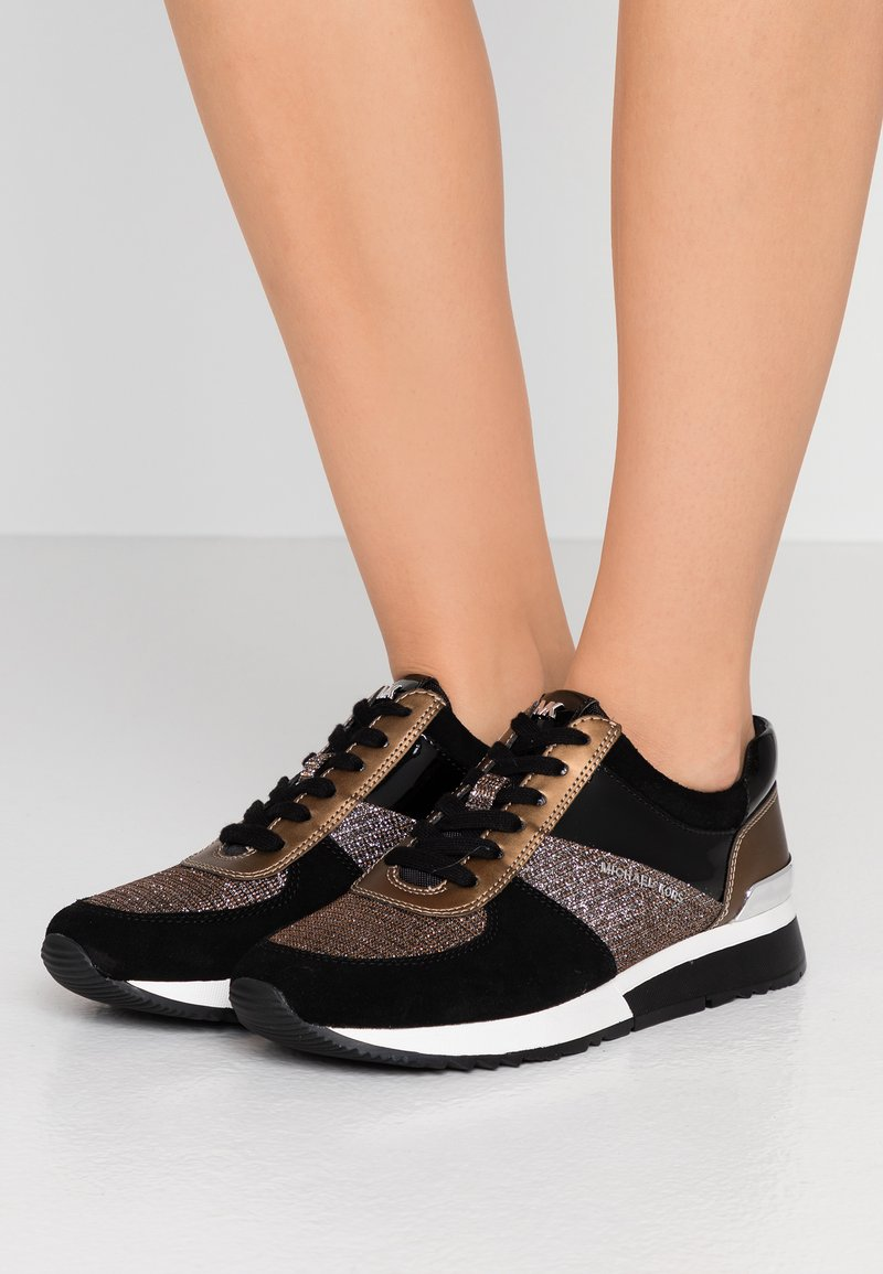 MICHAEL Michael Kors - ALLIE TRAINER - Zapatillas - black/bronze/silber