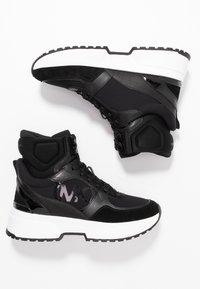 MICHAEL Michael Kors - BALLARD  - Sneakers hoog - black - 3