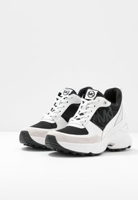 MICHAEL Michael Kors - MICKEY TRAINER - Baskets basses - black/optic white - 4