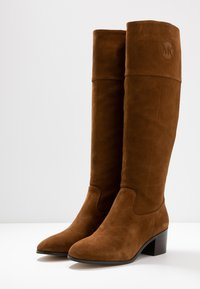 MICHAEL Michael Kors - DYLYN BOOT - Boots - amber - 4