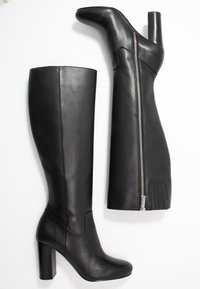 MICHAEL Michael Kors - LOTTIE BOOT - Kozačky na vysokém podpatku - black - 3