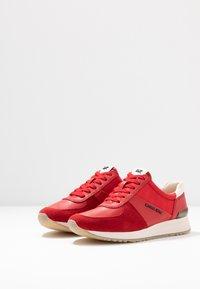 MICHAEL Michael Kors - ALLIE TRAINER - Sneaker low - bright red - 4