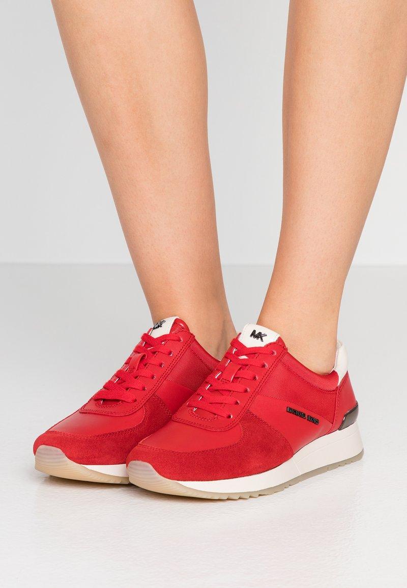 MICHAEL Michael Kors - ALLIE TRAINER - Sneaker low - bright red