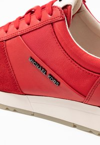 MICHAEL Michael Kors - ALLIE TRAINER - Sneaker low - bright red - 2