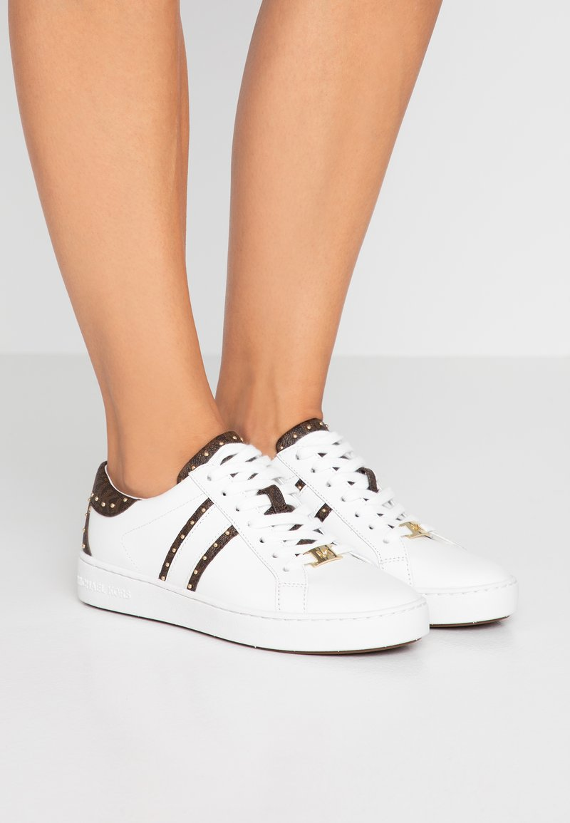 MICHAEL Michael Kors - KEATON  - Sneaker low - white/brown