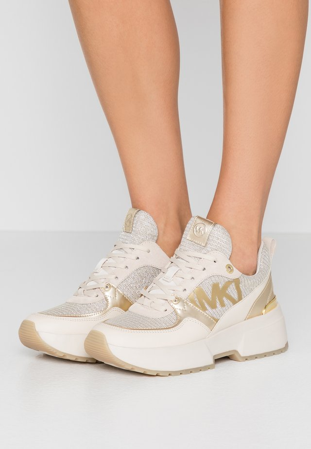 BALLARD TRAINER - Sneakersy niskie - pale gold