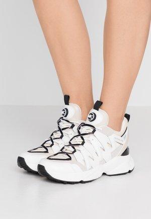 Sneakers laag - ecru/multicolor