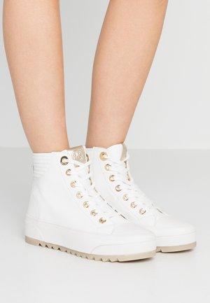 KEEGAN  - Sneakers alte - optic white/gold