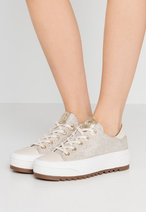 KEEGAN LACE UP - Sneakers laag - pale gold