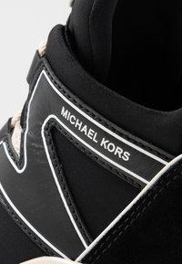 MICHAEL Michael Kors - Sneakers laag - black - 2