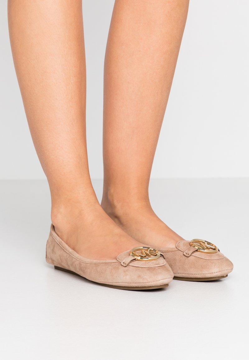 MICHAEL Michael Kors - LILLIE - Ballet pumps - sahara