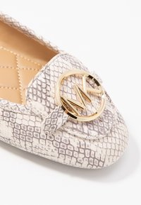 MICHAEL Michael Kors - Ballerines - natural - 2
