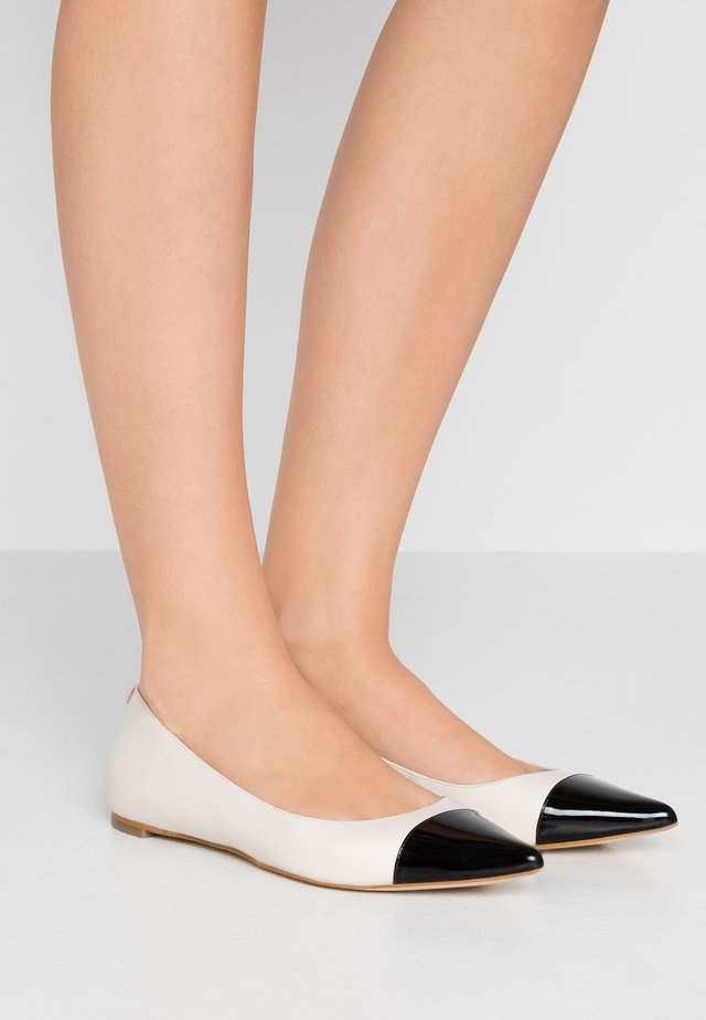 MILA TOE CAP FLAT - Ballet pumps - light cream/multicolor