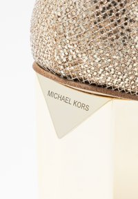 MICHAEL Michael Kors - Sandali con plateau - sand - 2