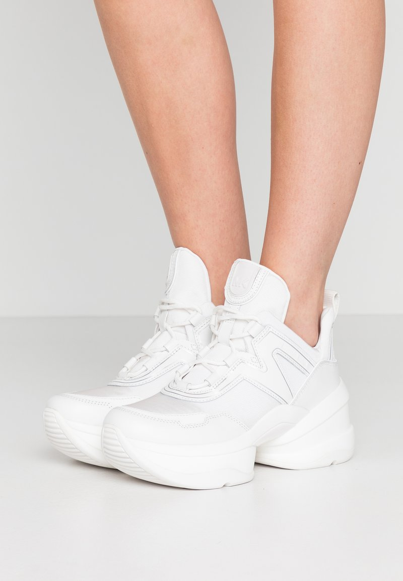 MICHAEL Michael Kors - OLYMPIA TRAINER - Sneakersy niskie - optic white