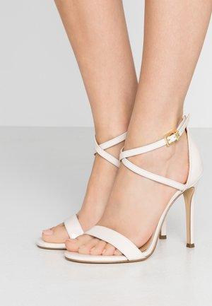 ANTONIA  - Sandalen met hoge hak - light cream