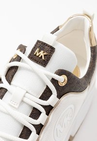 MICHAEL Michael Kors - COSMO TRAINER - Baskets basses - bright white - 2