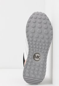 MICHAEL Michael Kors - MONROE TRAINER - Zapatillas - silver/multicolor - 6