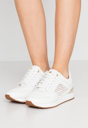 BILLIE TRAINER - Tenisky - optic white