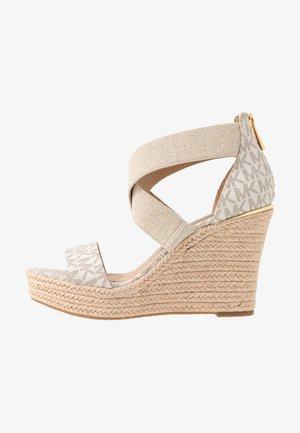 PRUE WEDGE - Sandály na vysokém podpatku - vanilla