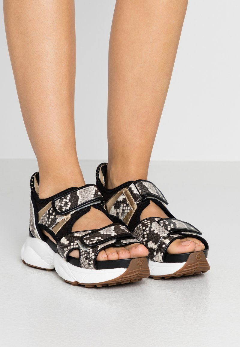 MICHAEL Michael Kors - HARVEY - Platform sandals - nature/black