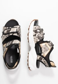 MICHAEL Michael Kors - HARVEY - Platform sandals - nature/black - 3