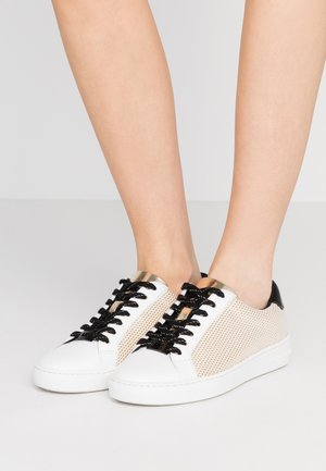 IRVING LACE UP - Zapatillas - gold/multicolor