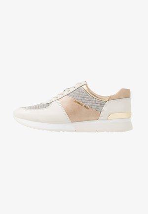 ALLIE TRAINER - Sneakersy niskie - gold