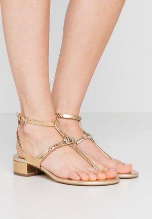 LITA THONG - Sandals - pale gold