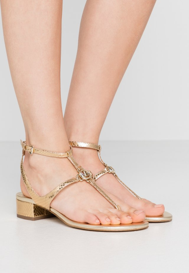 LITA THONG - Sandals - pale gold