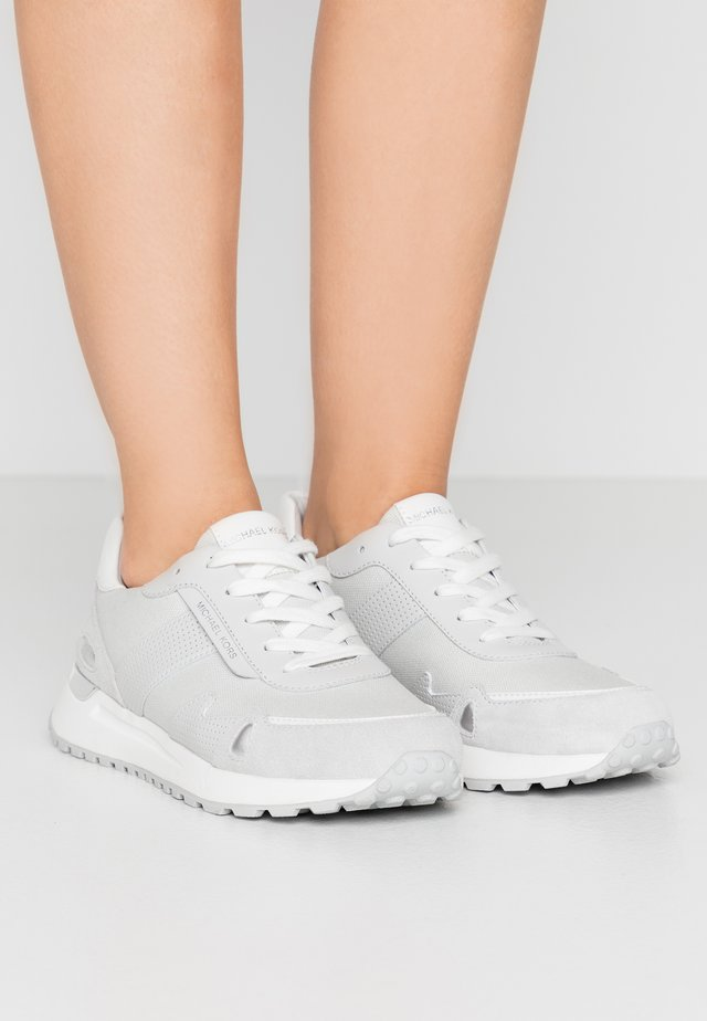 MONROE TRAINER - Sneakers - light slate