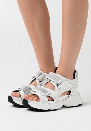 HARVEY  - Platform sandals - optic white