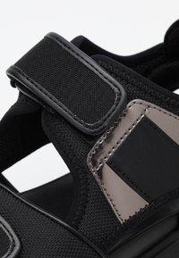 MICHAEL Michael Kors - HARVEY  - Platform sandals - black - 3