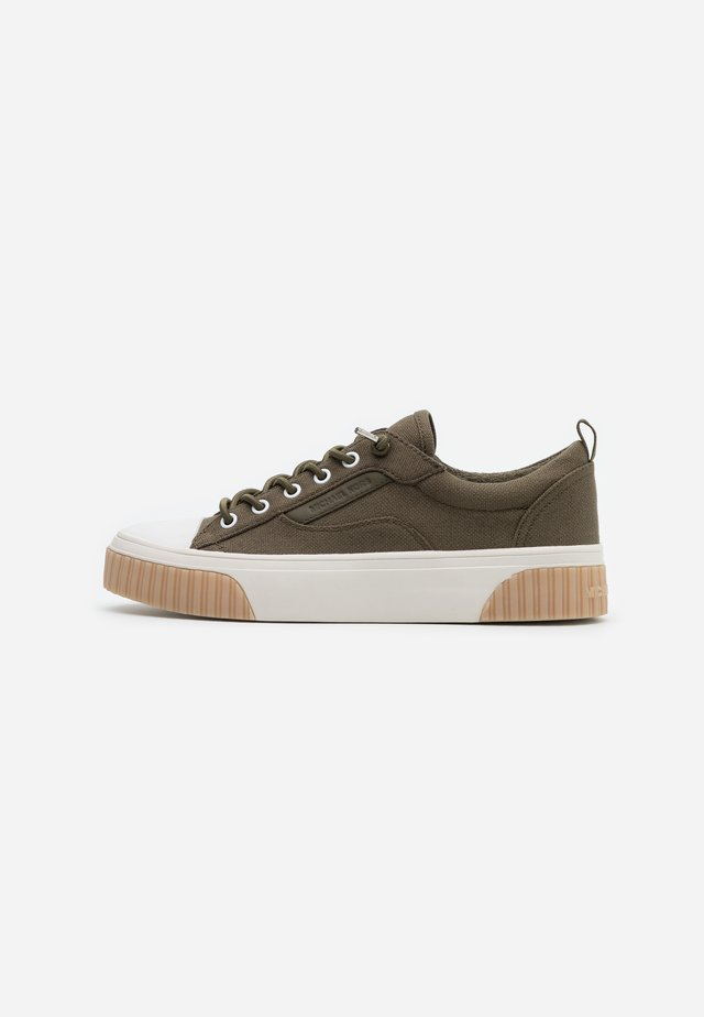 OSCAR LACE UP - Instappers - olive