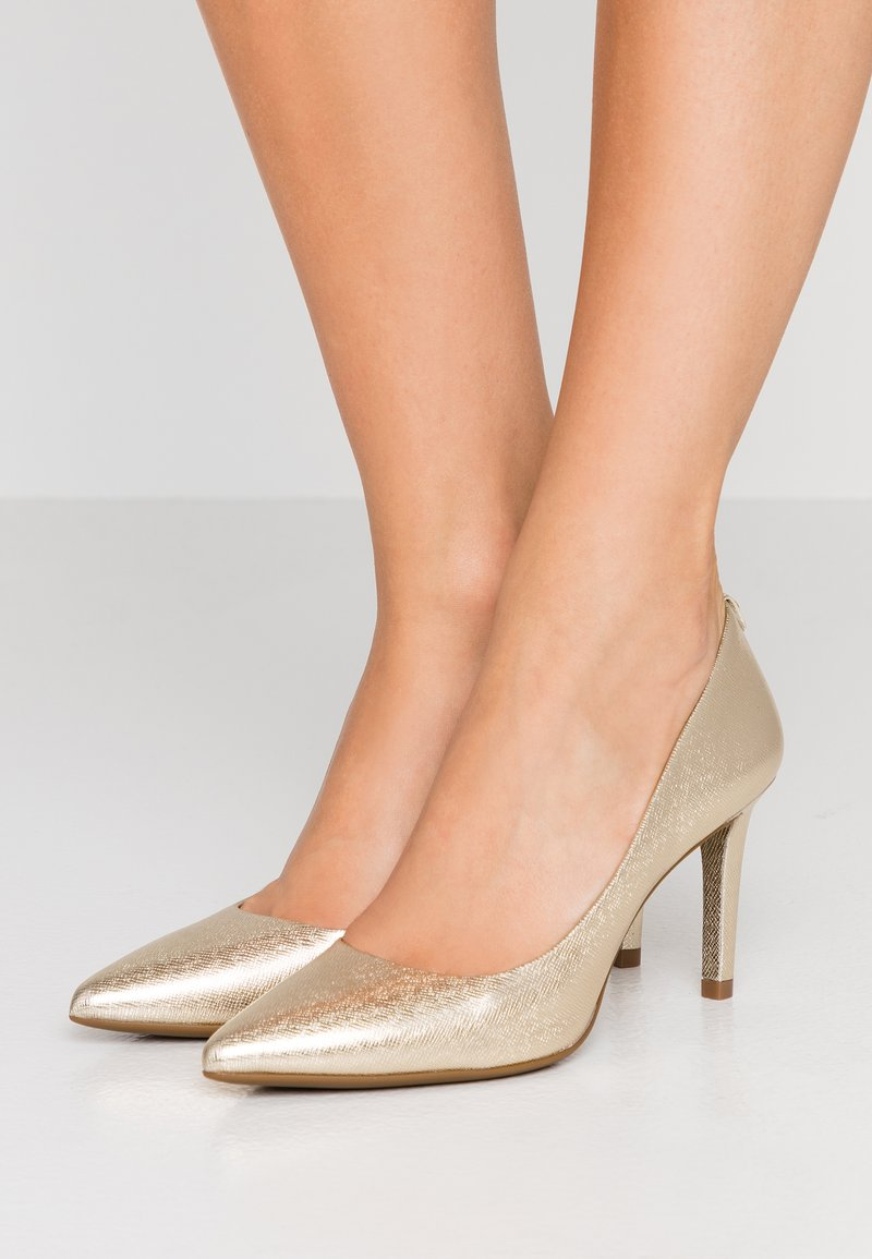 MICHAEL Michael Kors - DOROTHY FLEX - High Heel Pumps - pale gold