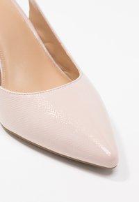 MICHAEL Michael Kors - LUCILLE FLEX SLING - Lodičky na vysokém podpatku - soft pink - 2