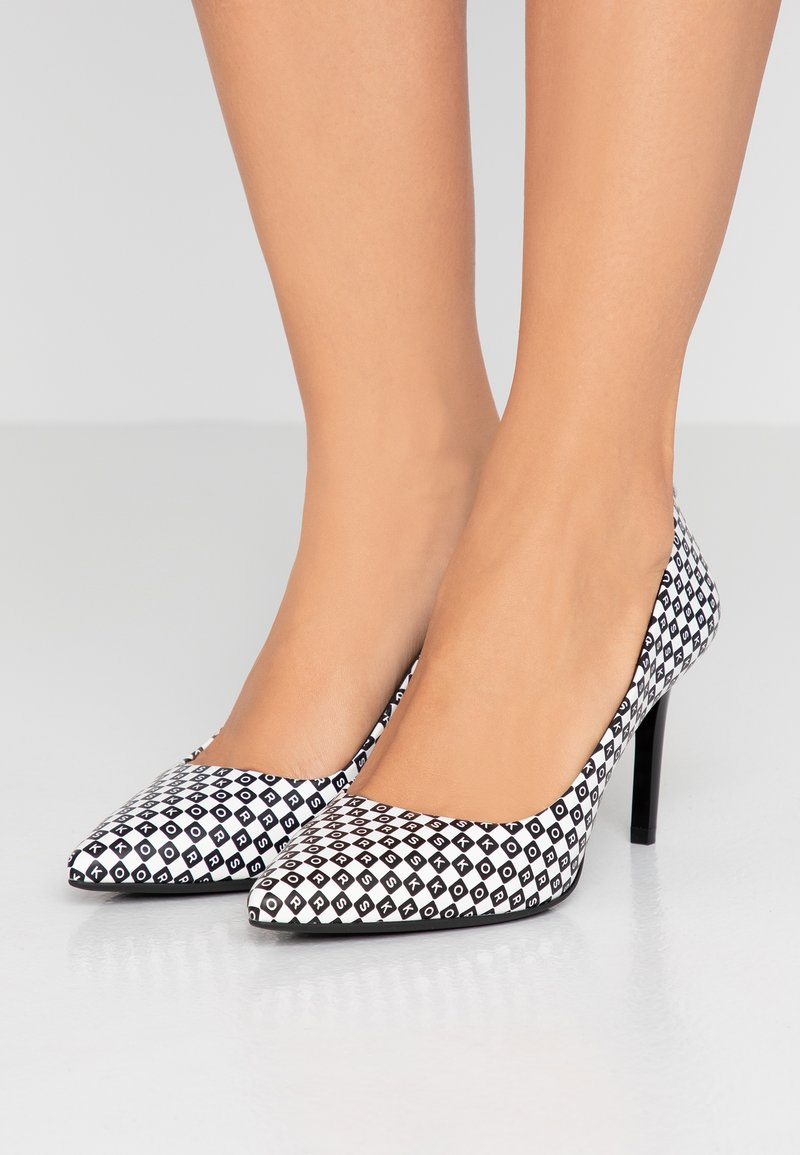 MICHAEL Michael Kors - DOROTHY FLEX - Pumps - black/optic white