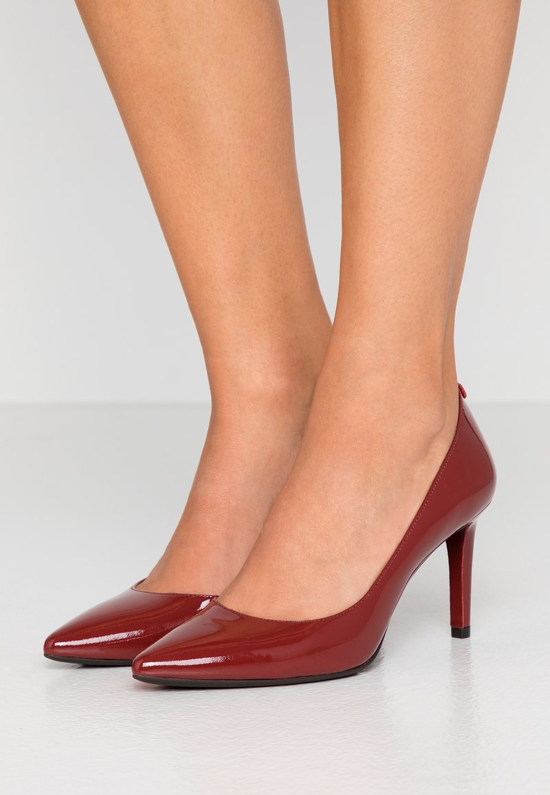 MICHAEL Michael Kors - DOROTHY FLEX D ORSAY - High Heel Pumps - brandy