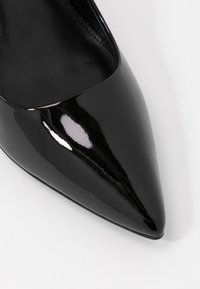 MICHAEL Michael Kors - DOROTHY FLEX - Escarpins à talons hauts - black - 2